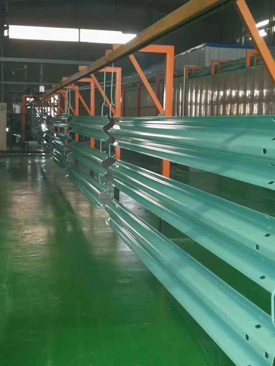 江苏常州大量供应pvc护栏板厂家批发