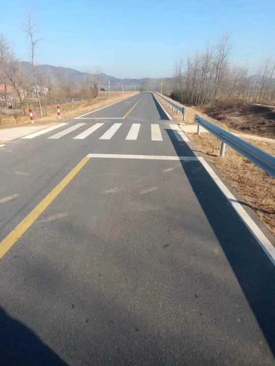 湖北十堰出售高速护栏板厂